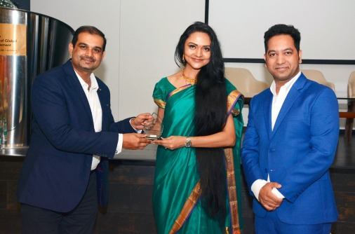 Being felicitated at SP Jain Global School of Management, Mumbai , by Global Workforce Management